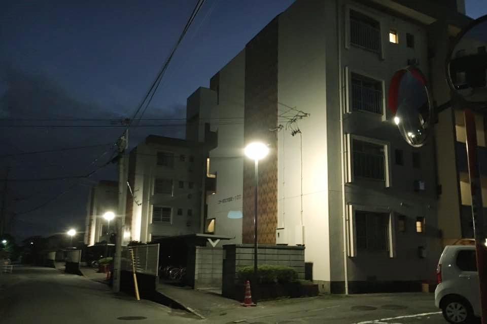 コーポ江戸屋敷外灯