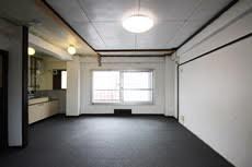 冷泉荘B55号室は、約8年ぶりの募集